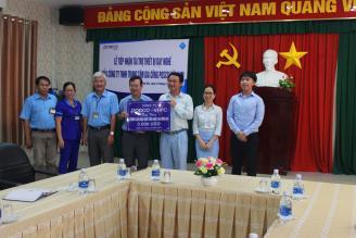 POSCO VHPC Đồng Nai tài trợ máy vi tính cho Thư viện điện tử của Trường.