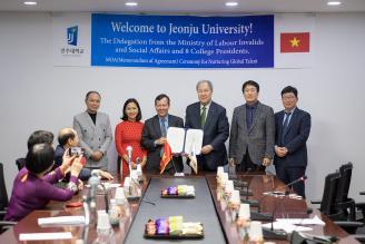 Trường Cao đẳng nghề Công nghệ cao Đồng Nai ký hợp tác đào tạo  với Trường Đại học Jeonju (Hàn Quốc)